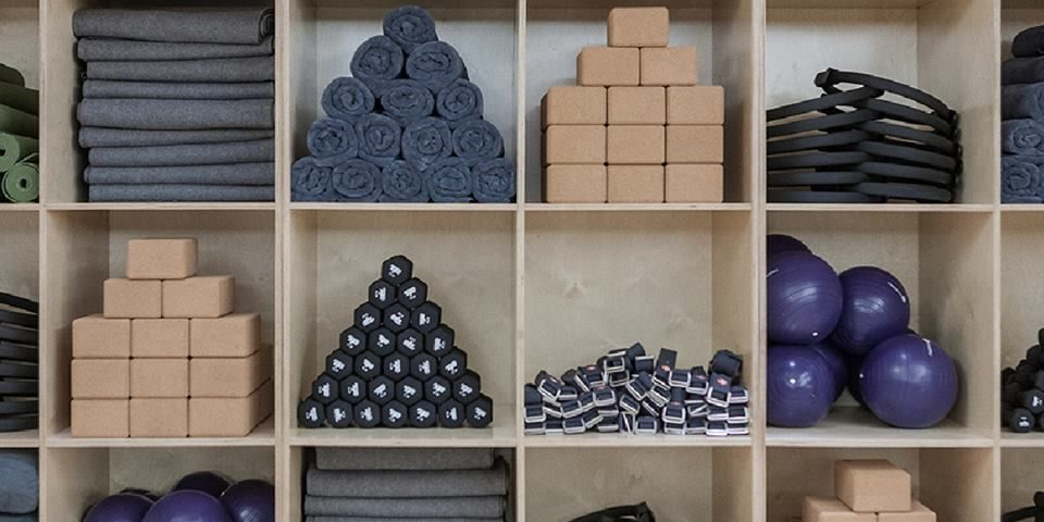 Yoga Prop Storage Solutions